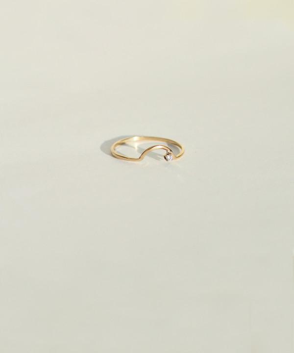 Wwake Arc Diamond Ring