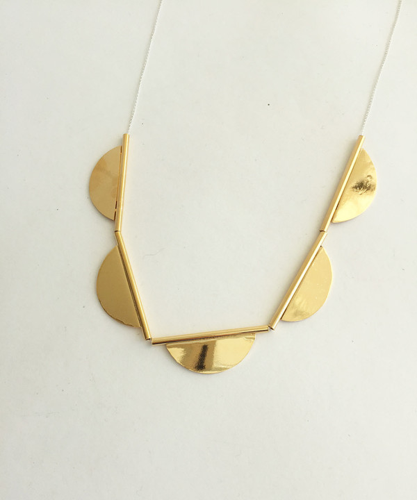 Young Frankk Scalloped Necklace