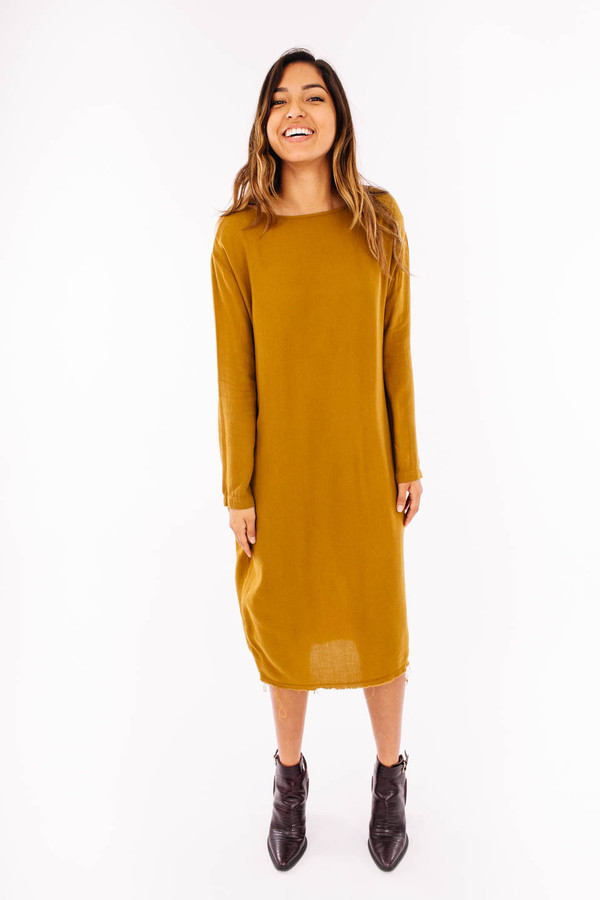Black Crane Slim Dress (Gold Brown)