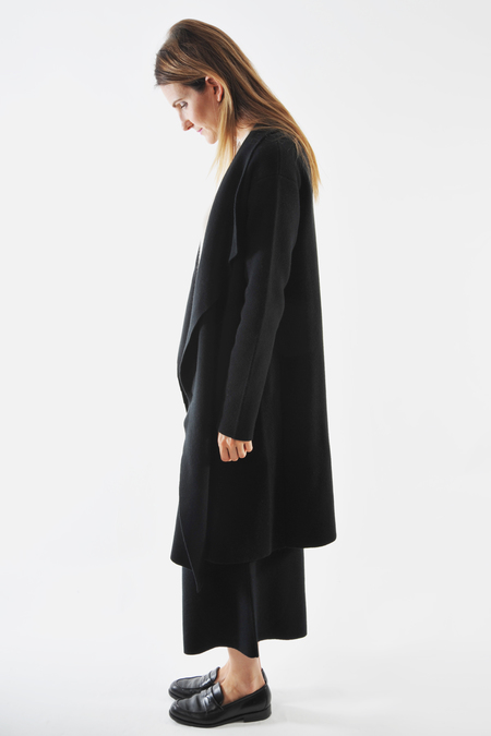 Oyuna Black Cashmere Knitted Coat