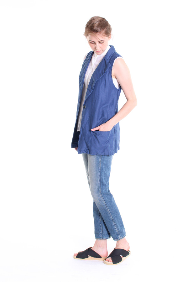 The Podolls Fringe sleeveless blazer in indigo