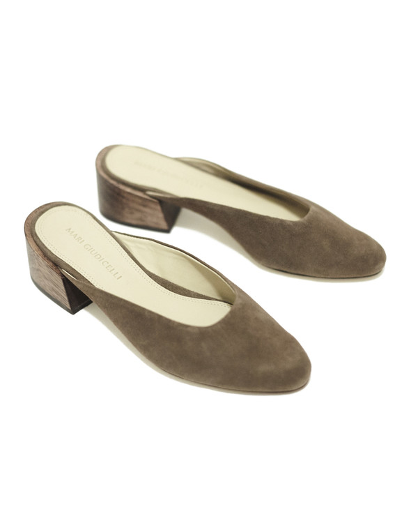 Mari Giudicelli Leblon mules in brown