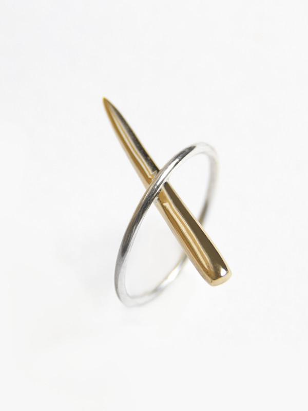 Tamlin Tuck Needle Ring