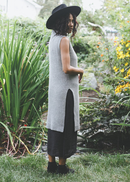 Achro - Sleeveless Ribbed Tunic in Gray