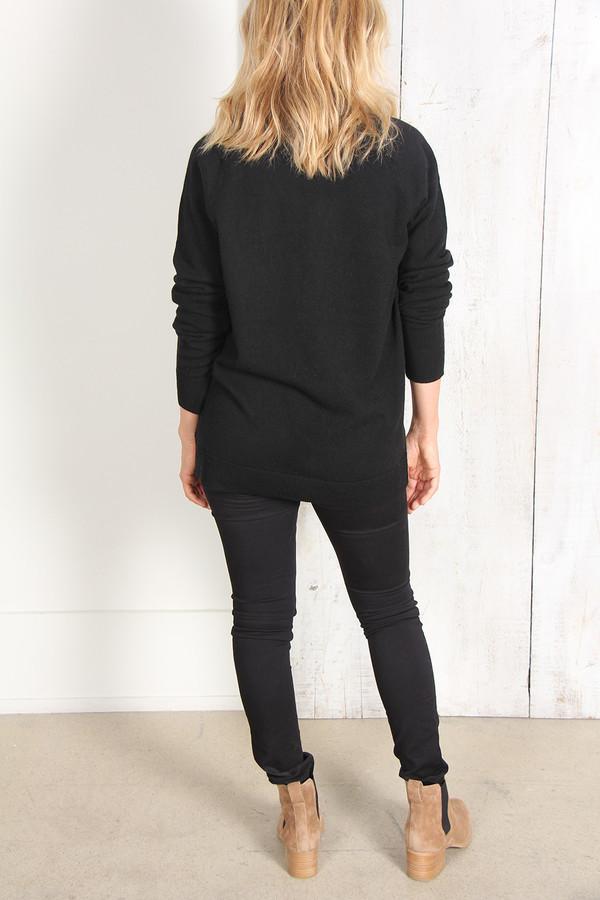Raquel Allegra Black Cashmere Deep V Pullover