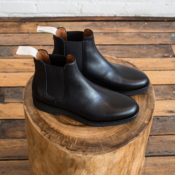 Woman by Common Projects Common Projects Chelsea in Leather