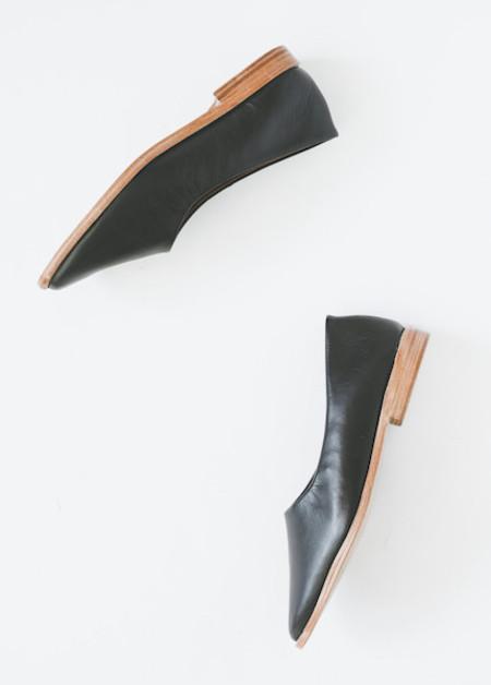 Osborn Clarity Flats in Black Leather