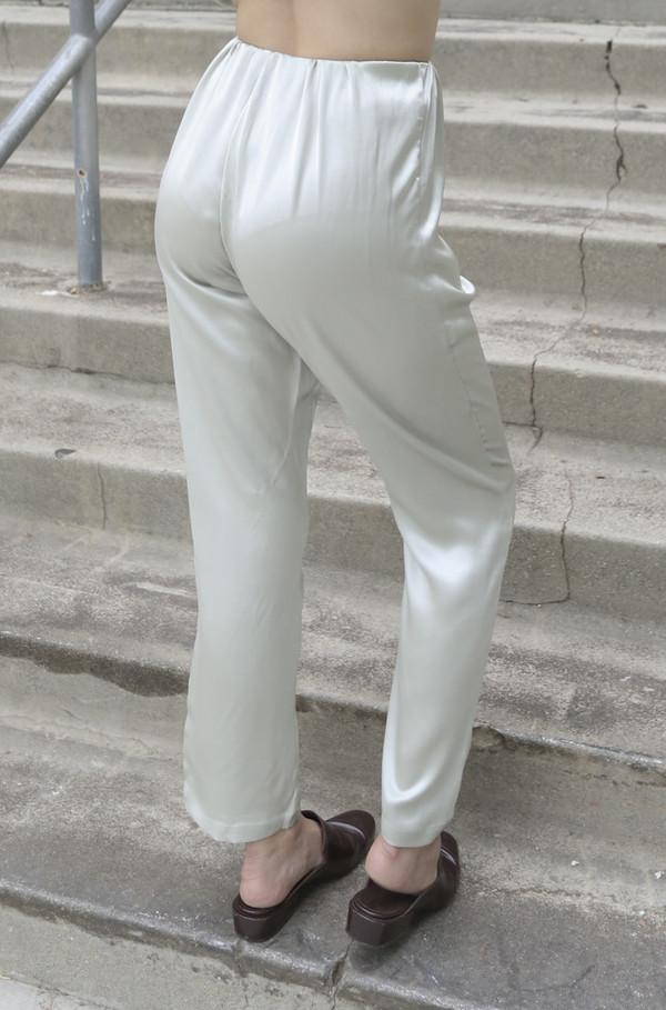 Baserange Azour Highwaist Pant in Dusty Blue