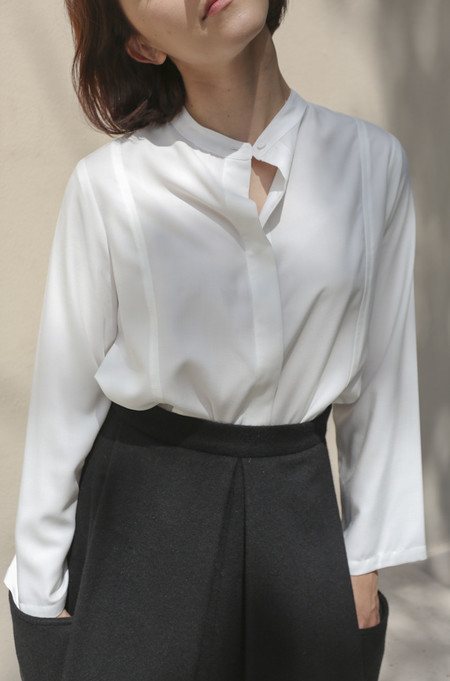 Wolcott : Takemoto Jim Blouse in White