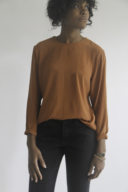 The Shudio Vintage Burnt Sienna Fall top