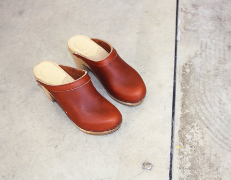 No. 6 Old School Clog