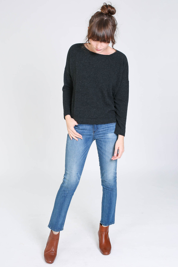 Evam Eva Wool sable pullover in charcoal