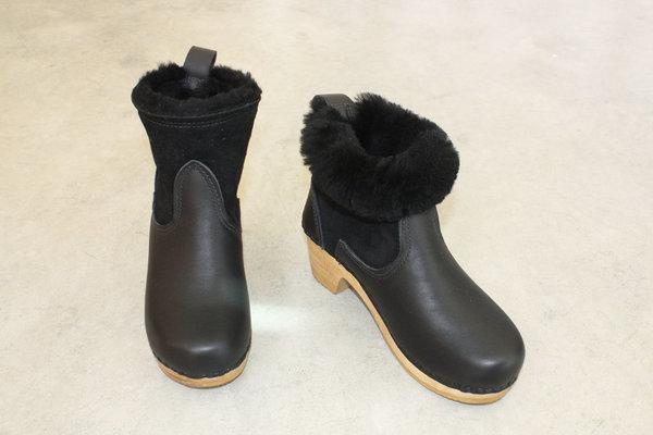 No.6 Shearling Boot