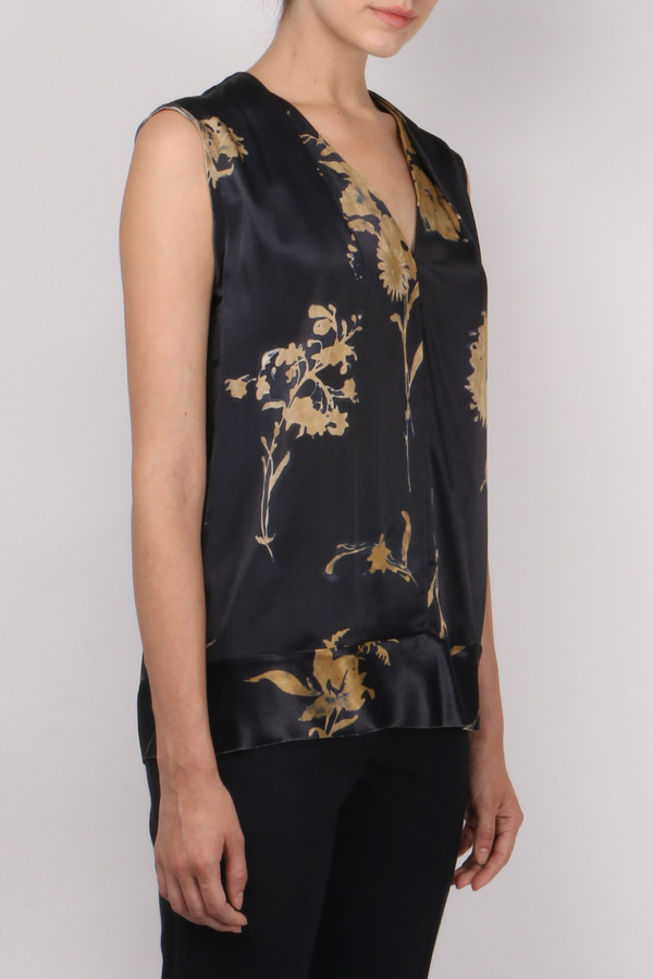 Pomandere Sleeveless Floral Top