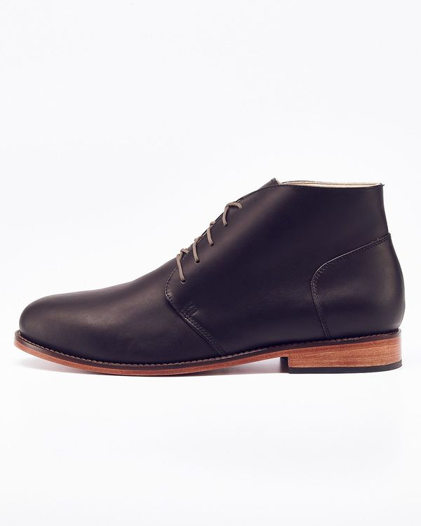 Nisolo Emilio Chukka Boot Noir - What's It Worth