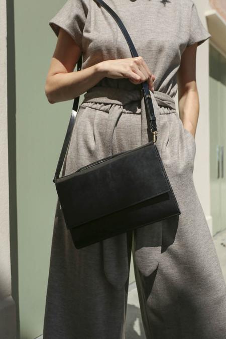 VereVerto Capia Bag in Black