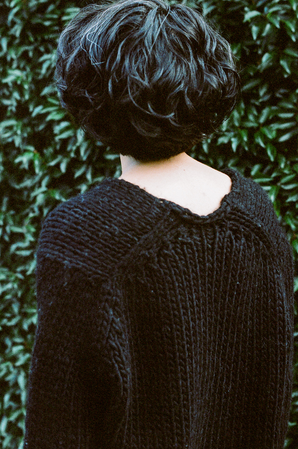 Anaak Mori Handknit V-Neck Pullover Black