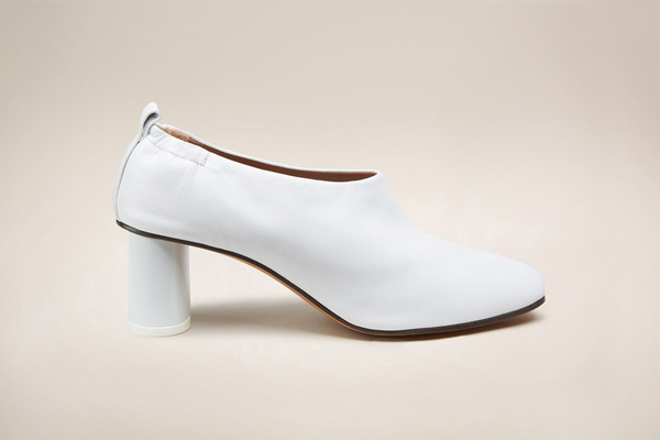GRAY MATTERS Micol White Pump