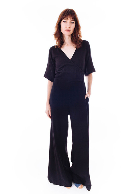 esby Wide Leg Duffy Jumper in Black