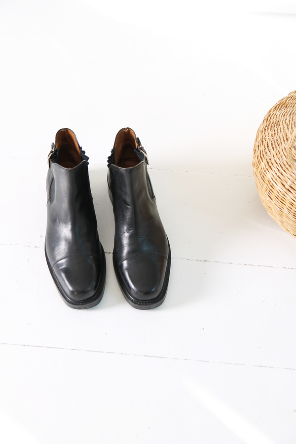 DUO NYC Vintage Ankle Boots