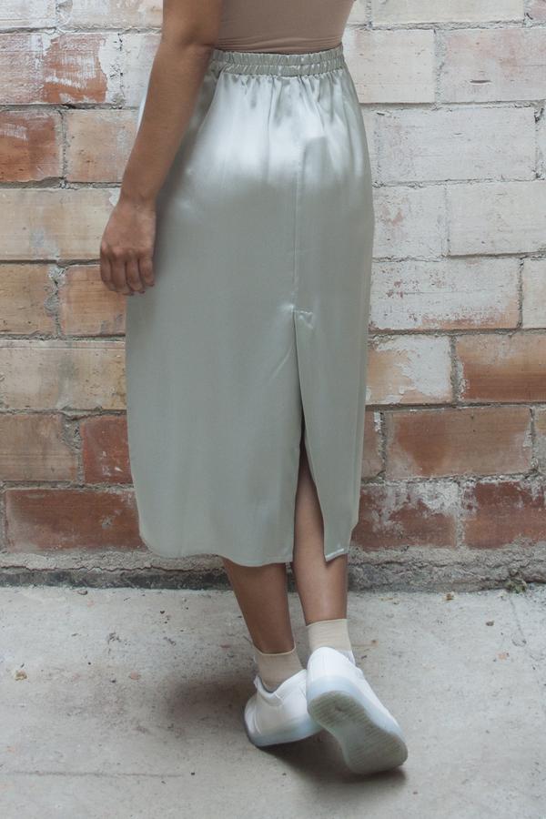 Baserange Jogging Skirt – Light Silk Satin