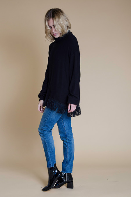 BETWEEN TEN Oxford Knit Sweater