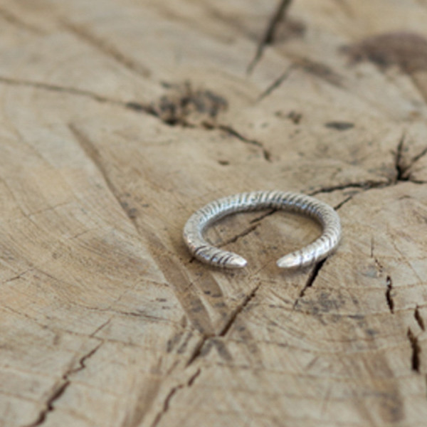 SUZANNAH WAINHOUSE Coiled Silver Cuff Ring