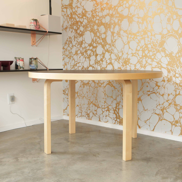 ARTEK LINOLEUM 91 TABLE