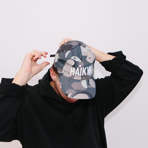 Haik W/ Logo Cap