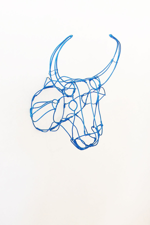 7 on Locust Wire Cow Head - Blue
