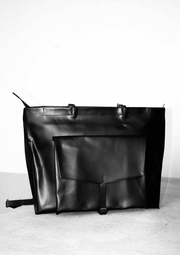Berenik Plain Leather Bag/Backpack Cow Leather