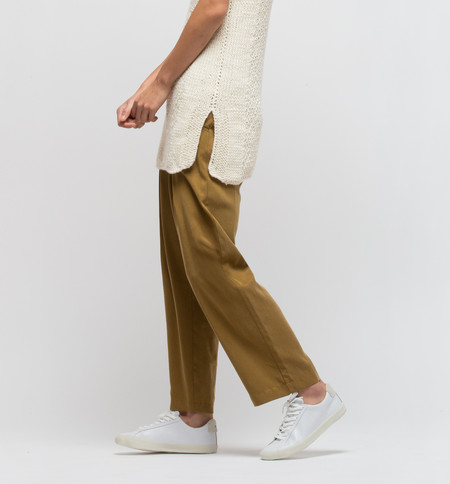 H. Fredriksson Pleat Pant Bronze