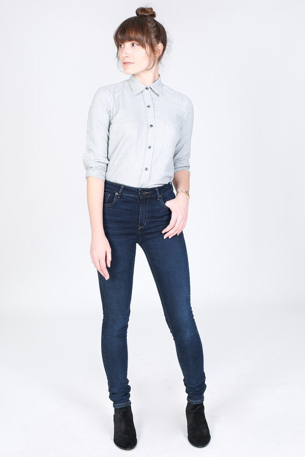 Vert & Vogue Laura Button-Up in Light Grey