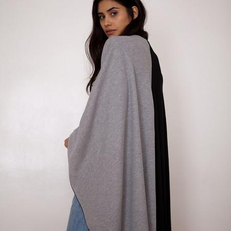 Donni Charm Thermal Wonder Cape-Scarf - Black & Grey