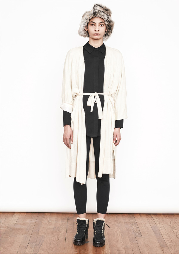 Berenik KNIT LONG KNIT IVORY CARDIGAN