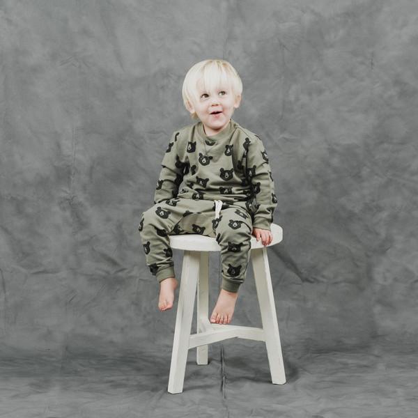 Kid's Rylee + Cru BLACK BEAR SWEATSHIRT - MOSS