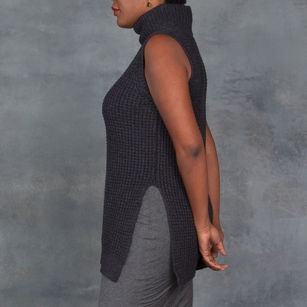 LINE Malcolm Pullover Sweater Vest in Charcoal