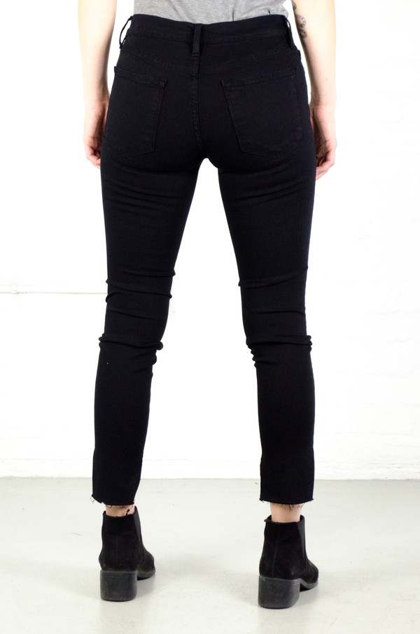 FRAME Denim FRAME 'Le Skinny' Raw Stagger in Film - Noir