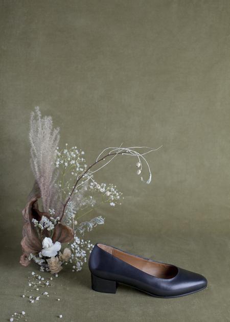 Anne Thomas Michele Shoe - Black