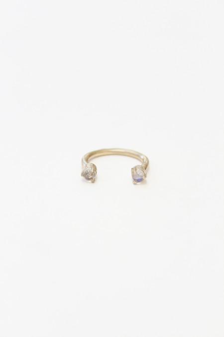 Aesa Single Wave Ring Bronze Moonstone