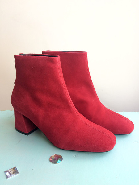 L'intervalle Soho Boots (Red Suede)