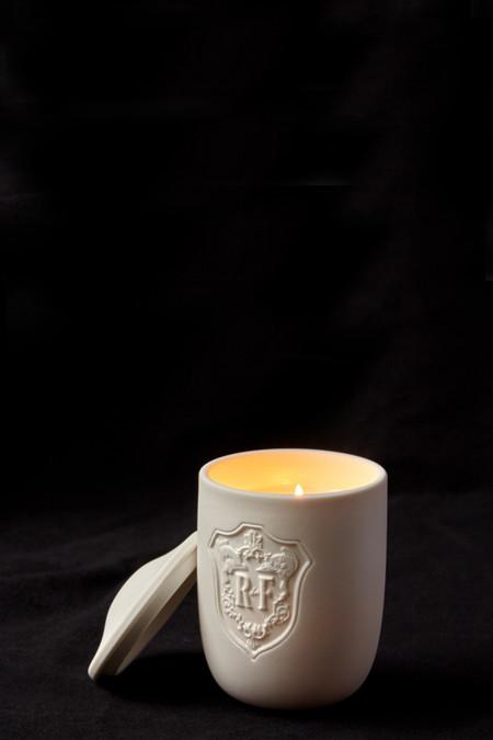 Régime des Fleurs Artefacts Return Candle