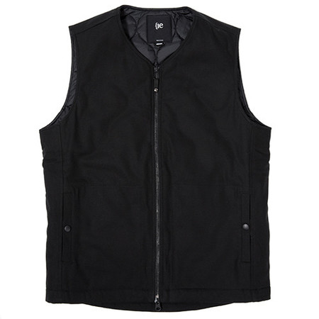{ie INSULATED VEST - BLACK