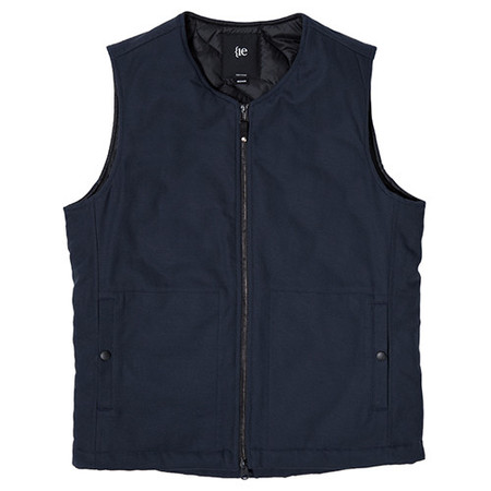 {ie INSULATED VEST - NAVY
