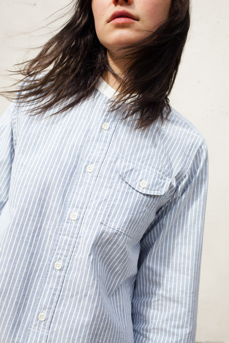 Unisex Chimala Stand Collar Shirt in Navy and White