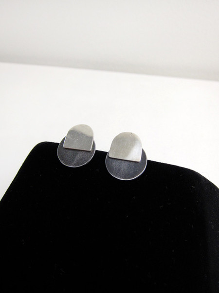 Kat Seale 2-Part Earrings Larger Circles