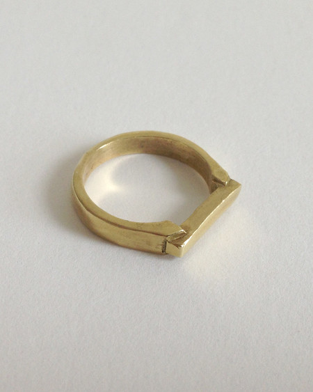 Open House Ingot ring in brass