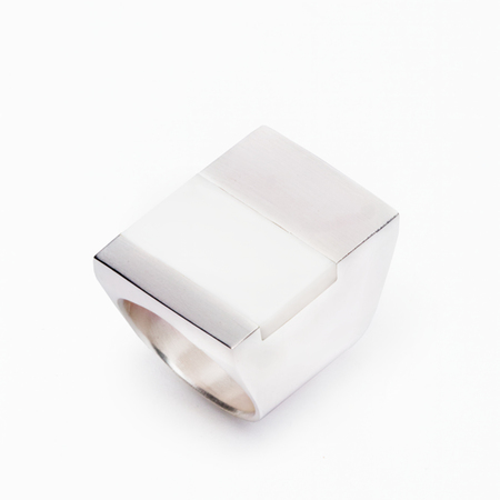 MING YU WANG White Agate ICARUS Ring