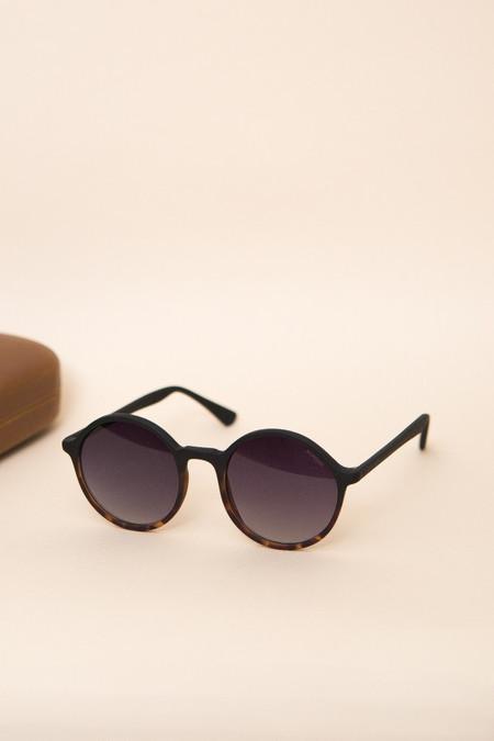 KOMONO Madison Sunglasses - Matte Black Tortoise