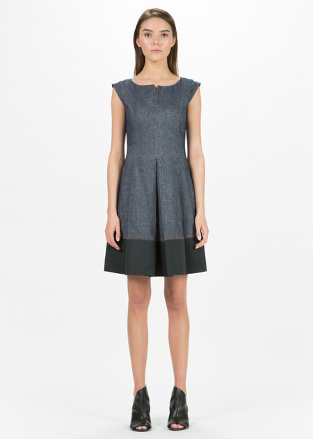 Antonelli Marbella Sleeveless Pleat Dress